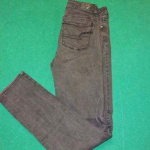 American Eagle Outfitters SuperStrecth Size 6 Long